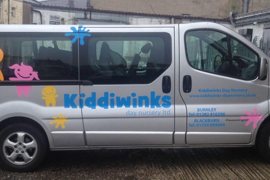 Kiddiwinks mini bus